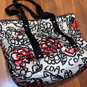 COACH Poppy Daisy Floral Graffiti Handbag